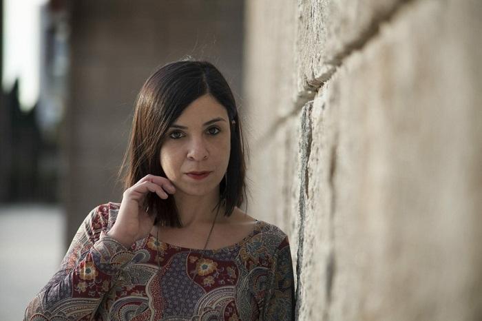 Antonella-Lattanzi-romanzo-Questo-giorno-che-incombe-blog-Il-Biondino-della-Spider-Rossa-Agenzia-CorteMedia-ritratto-scrittrice - 5